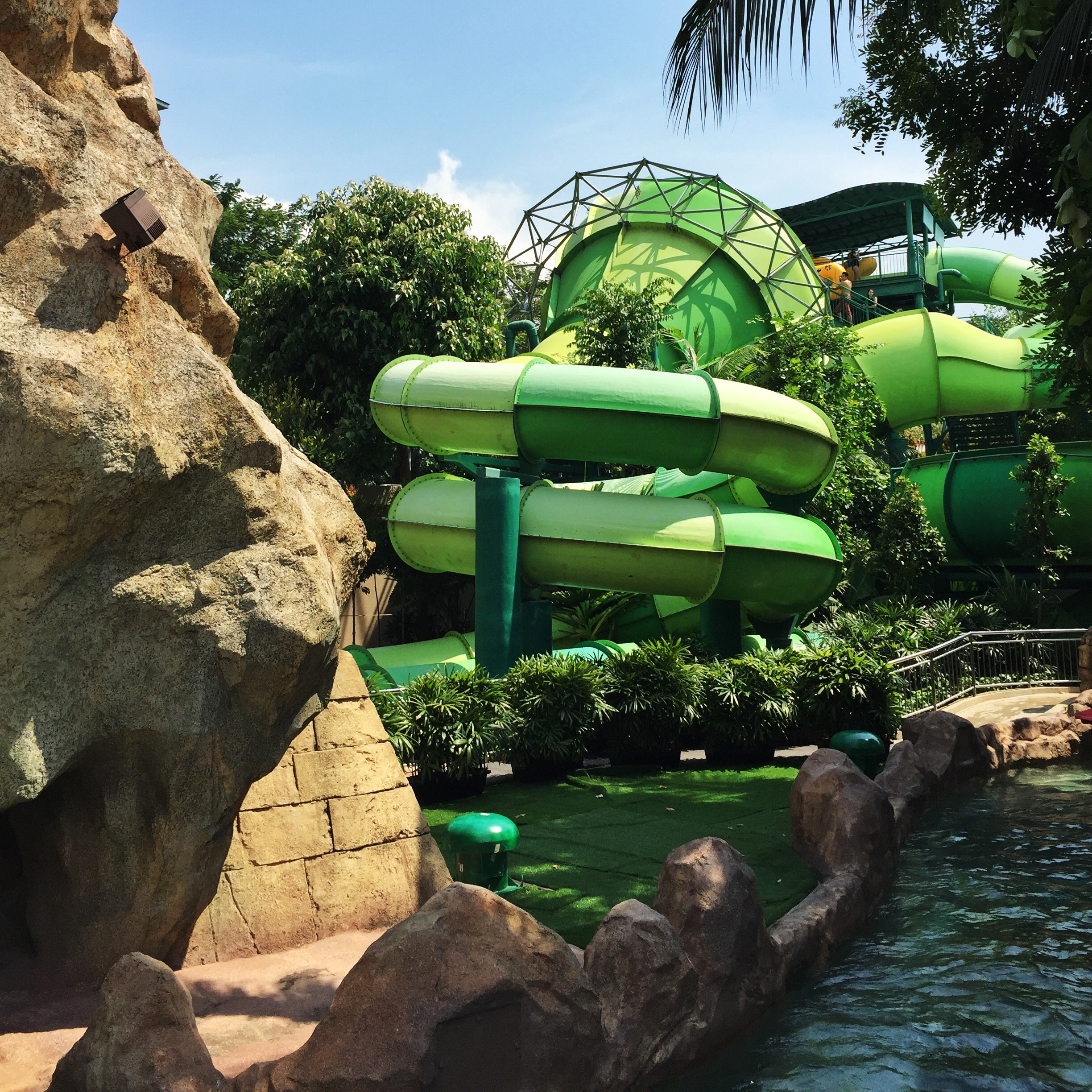 Adventure Cove Water Park Sentosa Singapore
