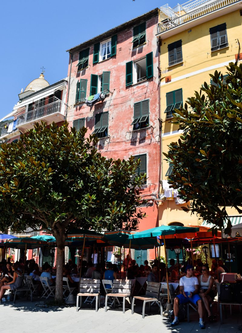 Visiting Cinque Terre for one day – The World Is Kullin
