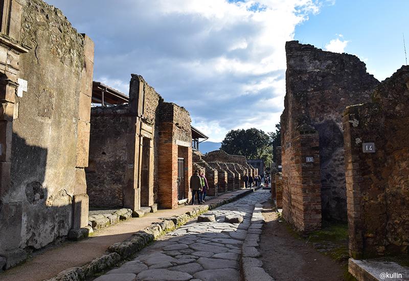 streets in Pompeii